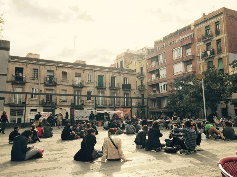 Plaza-del-Sol-barcelona
