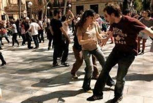 Plaza-La-Vireina-barcelona