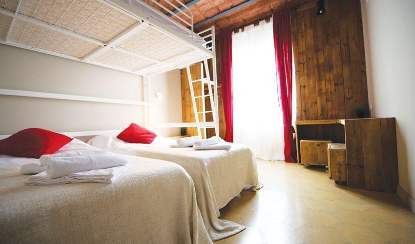 birdhouse-barcelona-quadruple-room-1
